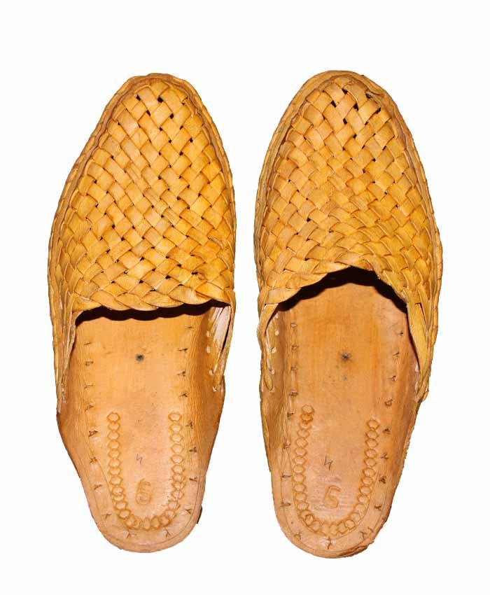 Kolhapuri Half Bantu Full Henaki Shoes