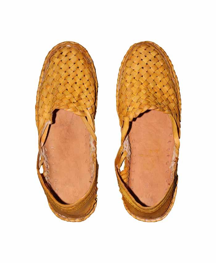 Kolhapuri Full Bantu Full Henaki shoes